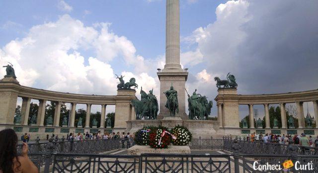 Praça dos Heróis. Budapeste