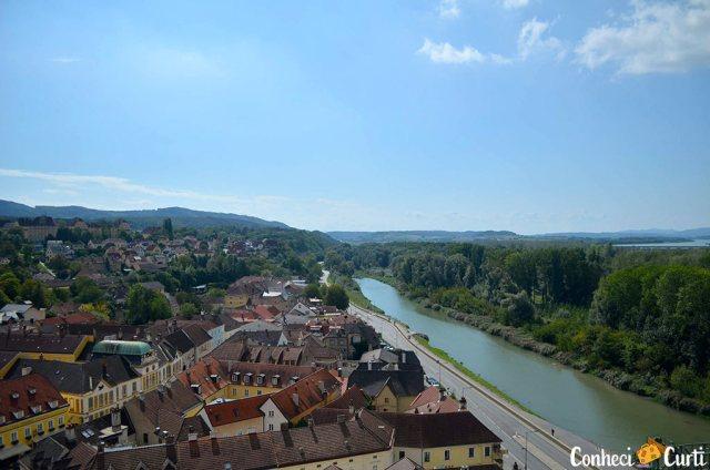 Abadia de Melk e o rio Danúbio