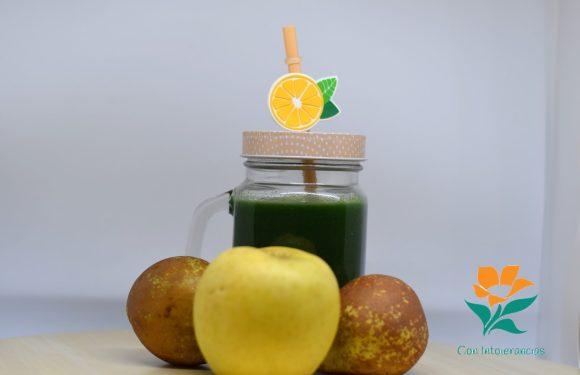 Smoothie verde de espinacas (con espirulina)