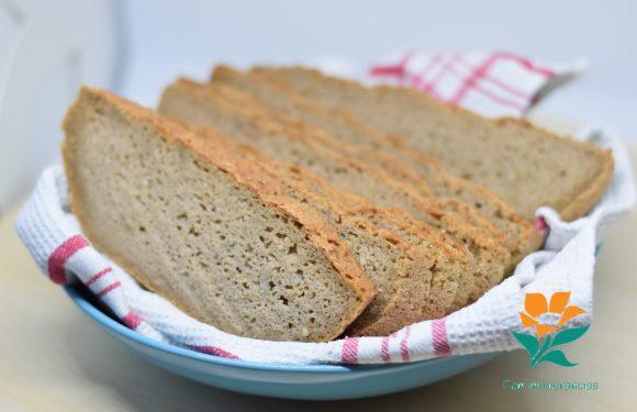 Pan de quinoa, trigo sarraceno y mijo