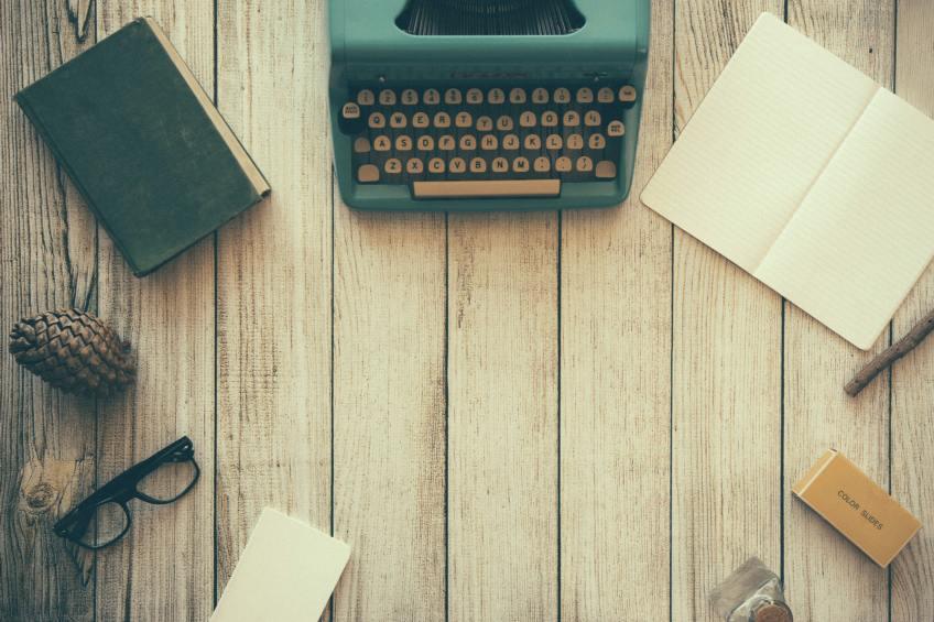 タイプライターと筆記用具