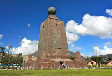 Monumento Mitad del Mundo - Ecuador