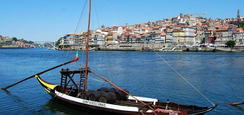 Barcos típicos en Oporto - Río Duero - Portugal | Foto: Pcdazero