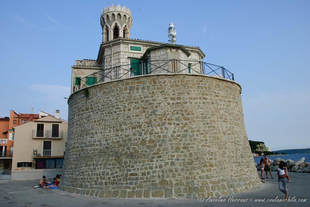 Iglesia Faro de Pirán - Eslovenia
