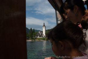 Paseo en Barco en nuestra visita al lago Bohinj - Alpes Julianos - Eslovenia