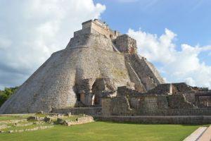 Piramide Uxmal - Yucatán, México