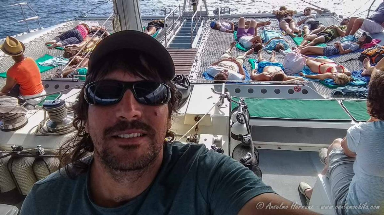 Viajando en Catamaran hacia las Ilhas Desertas