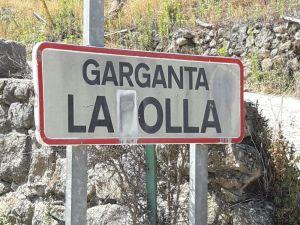 Cartel a la entrada de Garganta la Olla