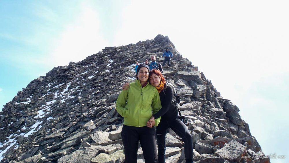 Raquel y Carla descendiendo del Pico Fraile - Nevado de Toluca - México