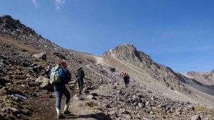 Subiendo desde el crater hacia la arista - Nevado Toluca - México