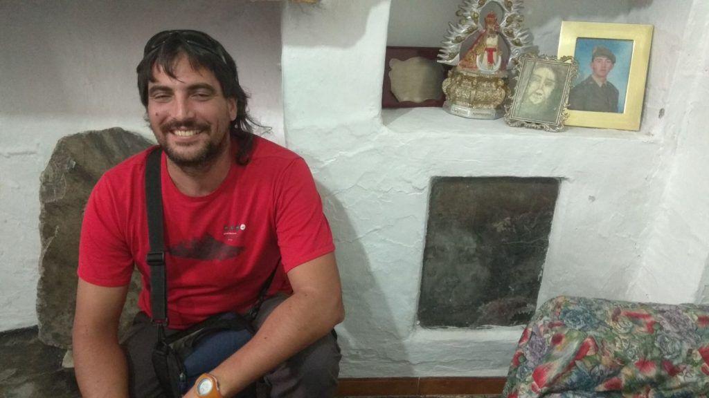 Anselmo visitando las Caras Belmez - Sierra Mágina