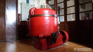 Mezcladora - Antigua fábrica de chocolates de Miguelañez - Segovia