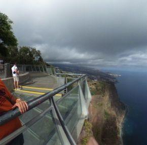 Visita al Miradouro de Cabo Girão; un mirador a 580m de altura en Madeira