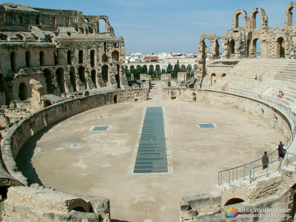 Coso del anfiteatro romano de El Djem - Túnez