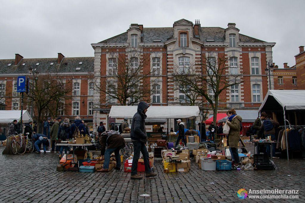 Puestos del mercado de las pulgas de Bruselas