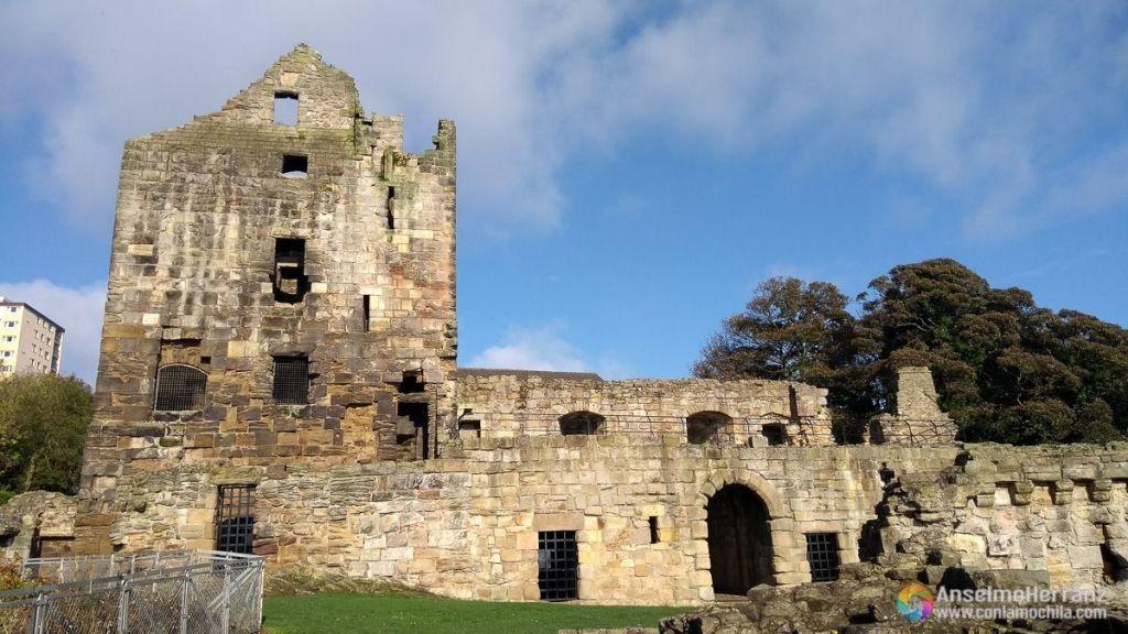 Ruinas del Ravenscraig - Kirkcaldy - Escocia