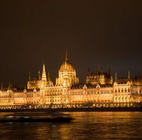 El crucero nocturno por el Danubio más económico de Budapest