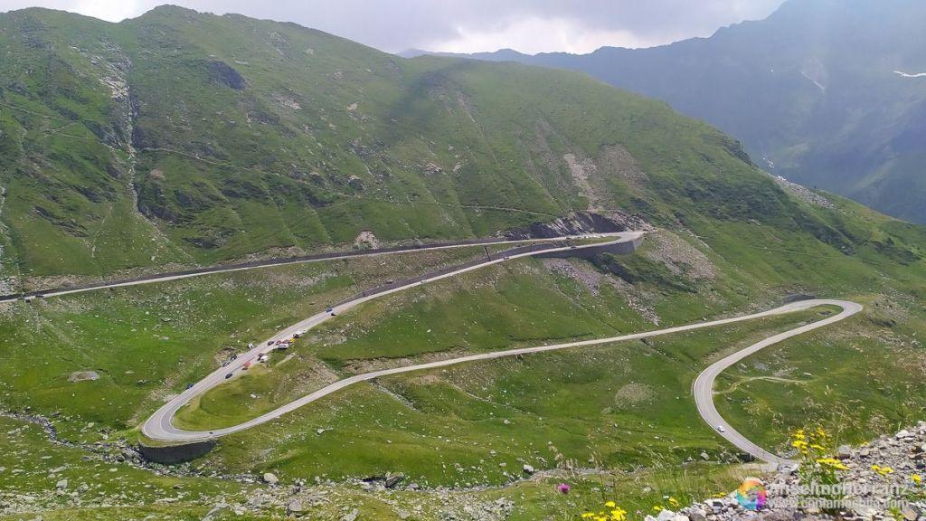 Curvas de la Transfagarasan por el lado sur