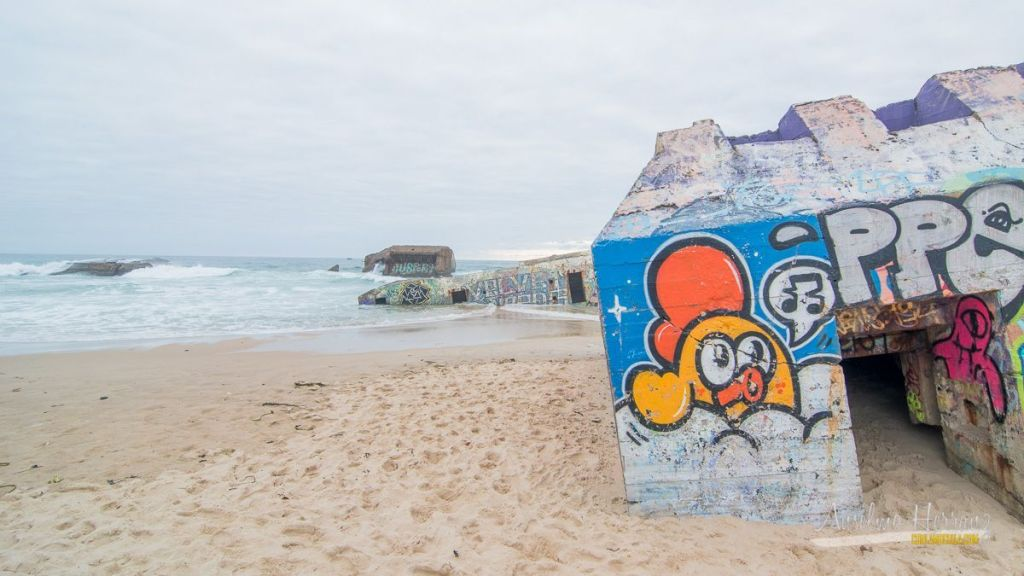 Detalle de otro fraffitti - Búnkers en la playa de Capbreton
