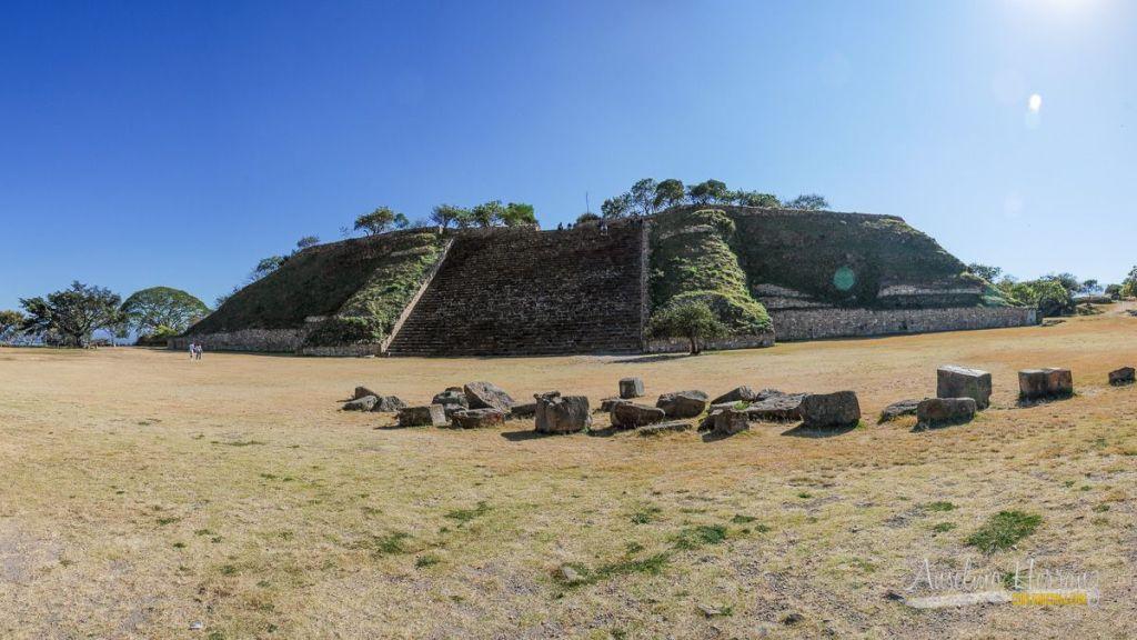 Plataforma Sur de Monte Albán - Oaxaca de Juárez - México