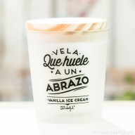 mrwonderful_vela-03_vela-que-huele-a-un-abrazo-vainilla-ice-cream-43