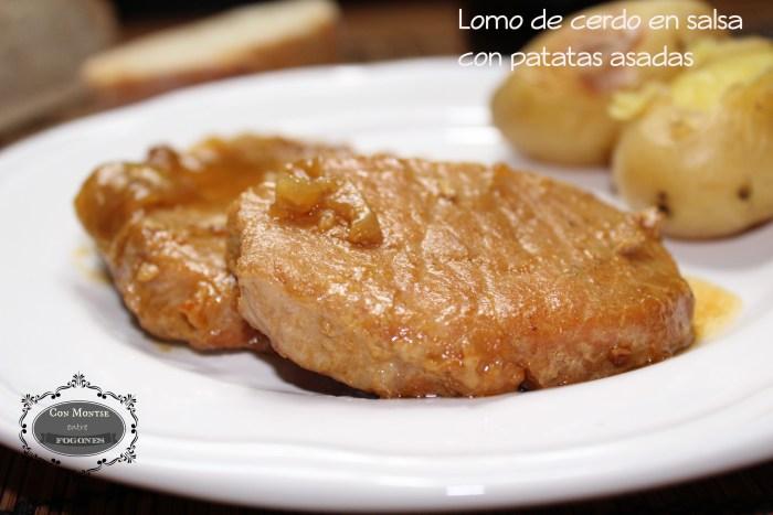 Lomo de cerdo en salsa con patatas asadas (1)
