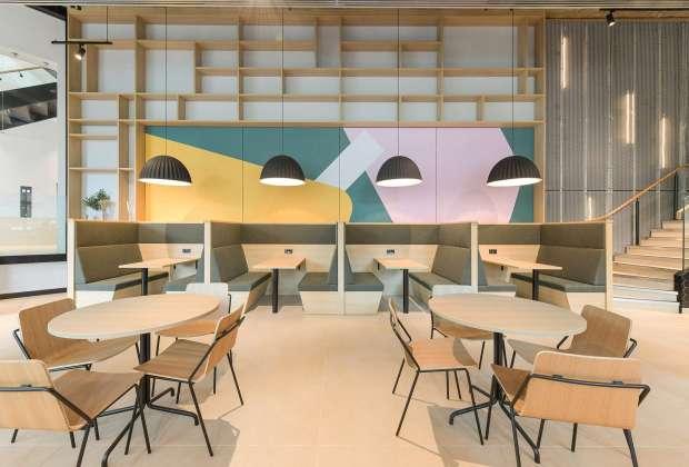 East West cafe bar-ff2165be