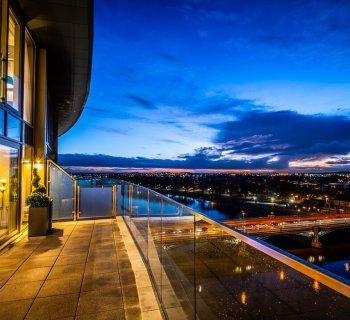 Waterside balcony night 002-69cbfe8c