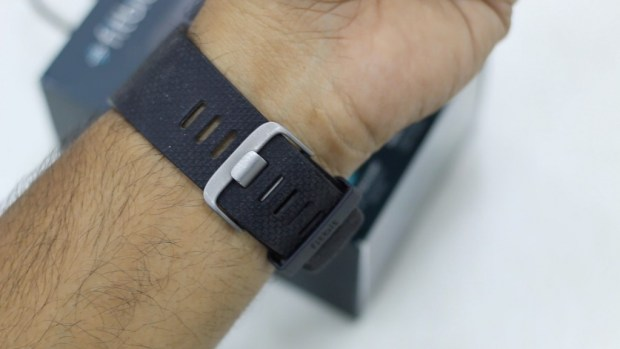 Fitbit Surge Review How to Wear