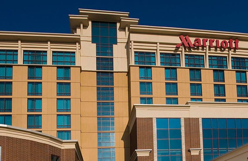 marriott hotel and conference center bloomington il