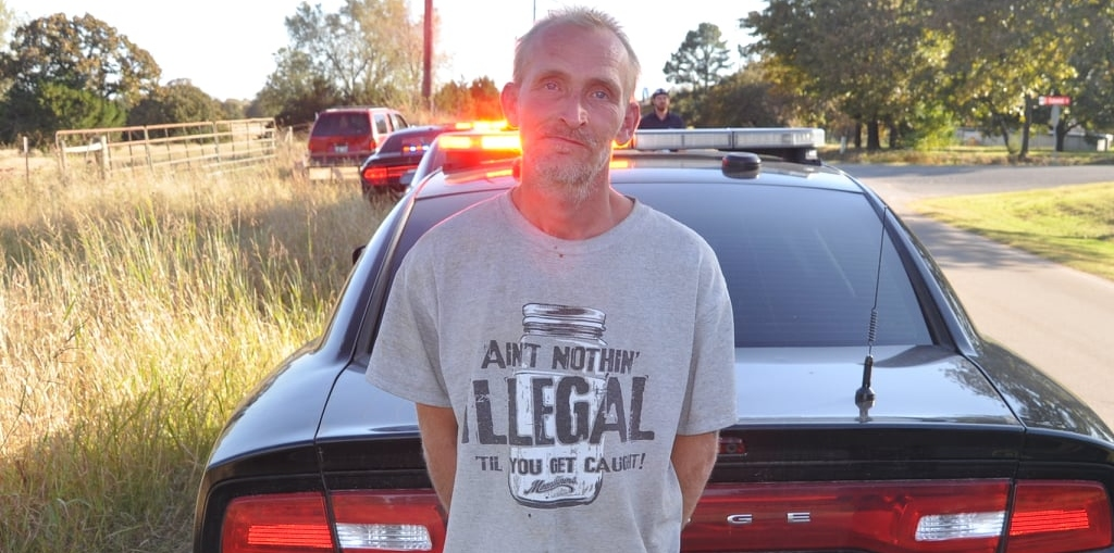 Deputies: Man Wearing 'Ain't Nothing Illegal 'Til You Get Caught!' Shirt Gets Caught