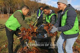 world-mission-society-church-of-god-connecticut-mother's-street-cleanup_8766