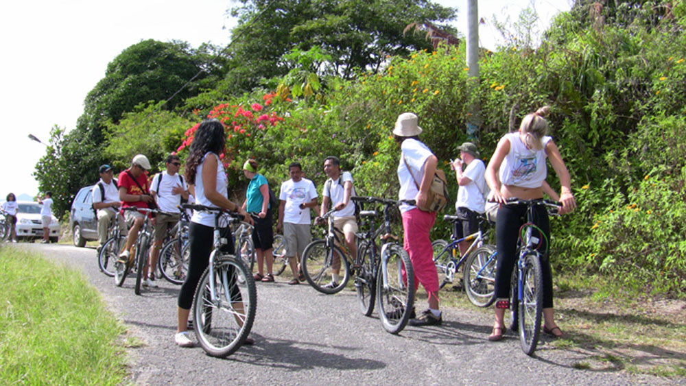 TOUR DE SAMOSIR – FUN BIKE RIDE TO PROMOTE GREEN TOURISM