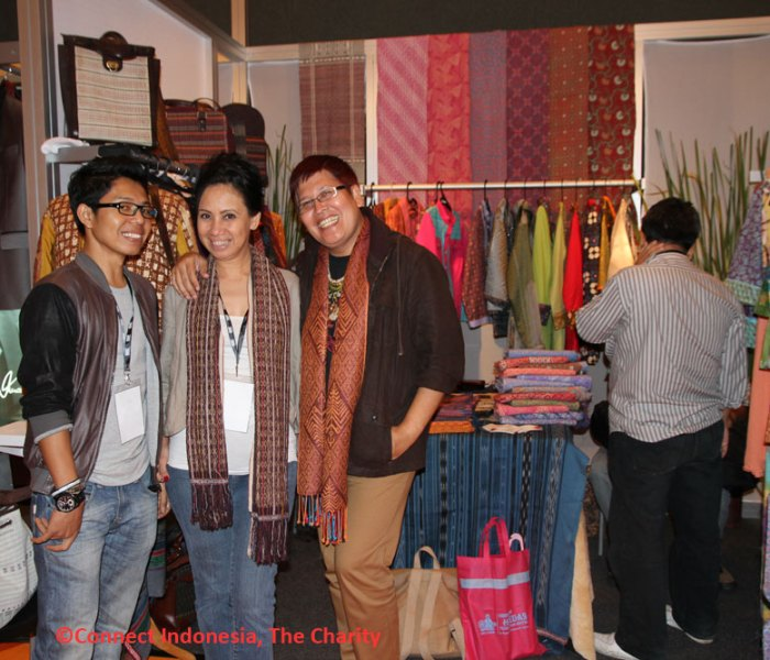 CREATIVE FASHION USING VINTAGE ULOS BATAK AS FASHION ACCESSORIES – MEET THE DESIGNERS