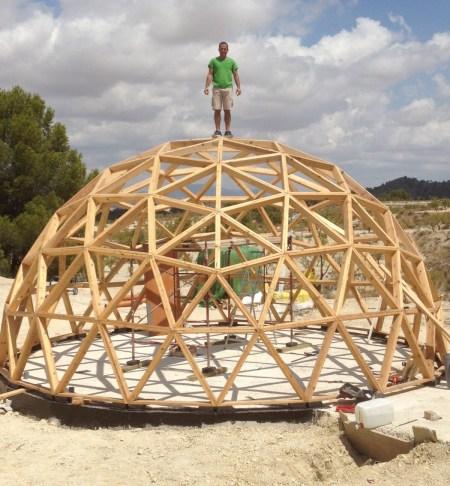 Casas-geodesicas-construccion