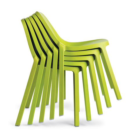 Furniture made from recycled plastic Patio Furniture Made Of Recycled Material It Is Also 100 Recyclable Its Components And The Waste It Generates During Production Can Be Separated Into Wood And Plastic So Connections By Finsa Sustainable Furniture Design Recyclable And Recycled