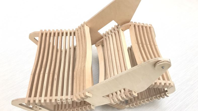 Arrolo: a fusion of chair and lectern that adopts the 'maker' philosophy
