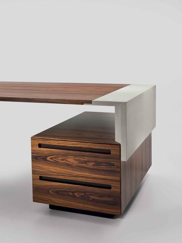 CROSSING casse les codes du meuble de bureau traditionnel.