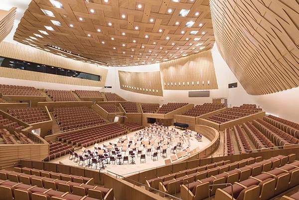 Shanghai Symphony Hall, Arata Isozaki, 2014. Foto: Chen Hao