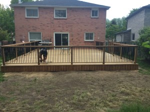 Deck contractor Whitby