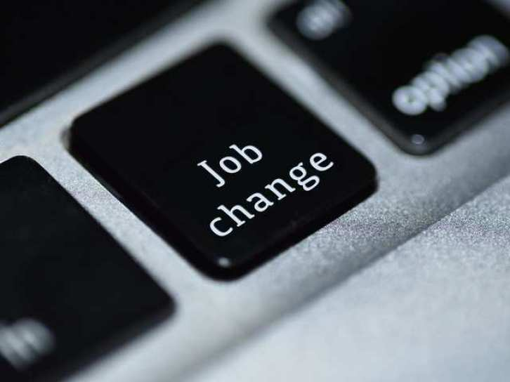 Learn about the signs that mean it's time for changing your job