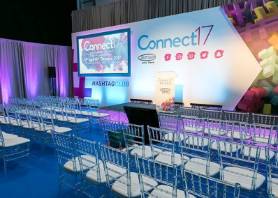 connect17-showflooor_0037_Hashtag Club Stage (3)