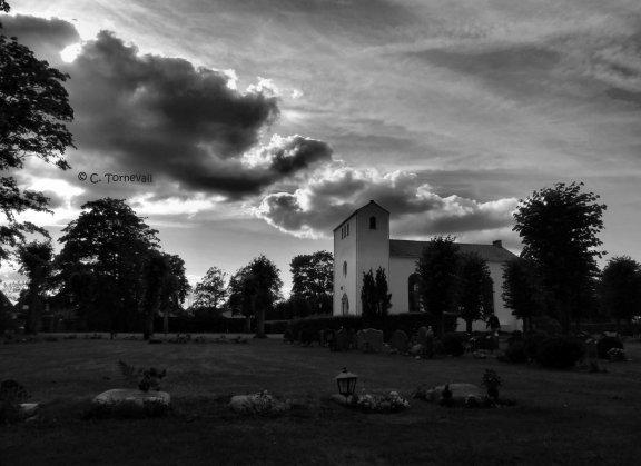 Fototriss kyrka svarttvitt