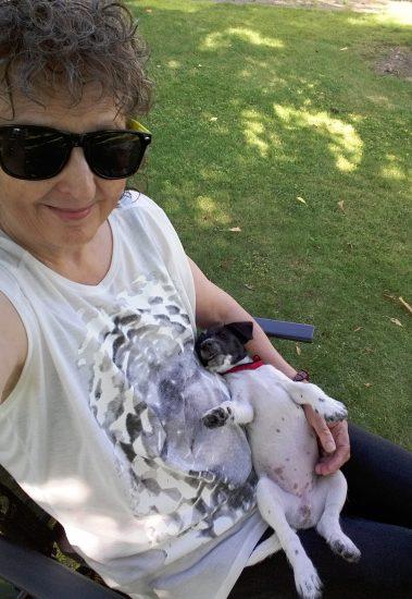 01 Vilma och jag i trädgården selfies 78