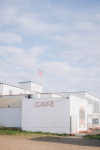 a picture of an old beach cafe, usng the tiffen promist 1/4