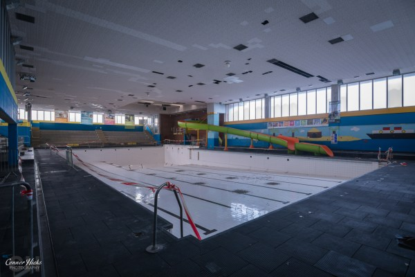 Aquarena-Worthing-Urbex-Main-Pool