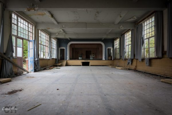 hall-the-green-school-urbex