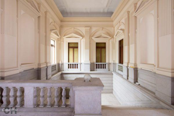 grand stairs ospedale di g urbex