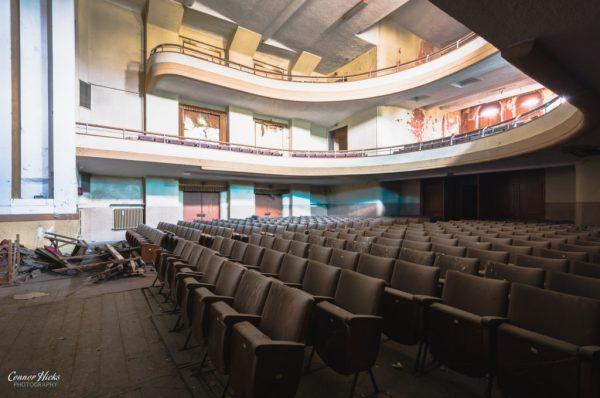 theatre urbex italy
