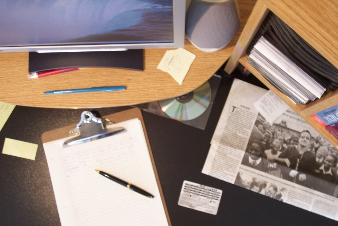 How a cluttered workspace impacts your energy level